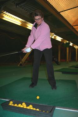Astrid From on yksi Season Golfin vakioasiakkaista.