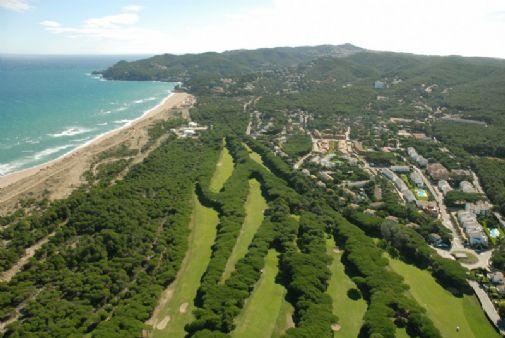 Golf de Pals on yksi alueen kuuluisimmista ja tarkkuudeltaan vaativimmista kentistä.