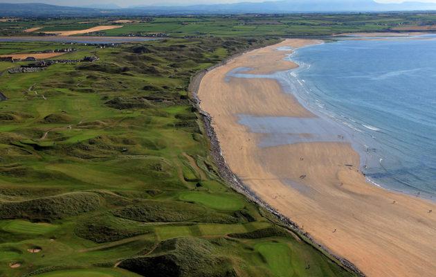 Meren läheisyys on yksi aidon links -kentän kriteereistä. Kuva: Getty Images
