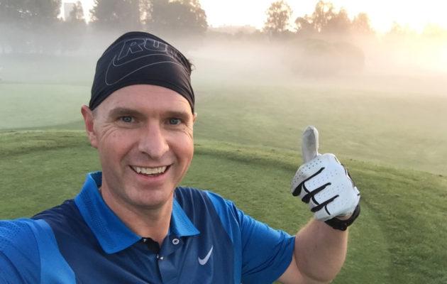 Täysi golfkierros takana. Mikko Rantanen ehtii vielä ajoissa töihin.