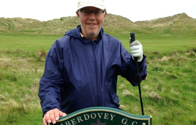 Visa Pekkarinen Aberdoveyn kentällä Walesissa.