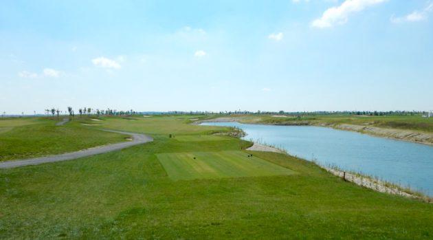 Golf Borsan kentän alkupuolella on tilaa käyttää koko mailavalikoimaa.