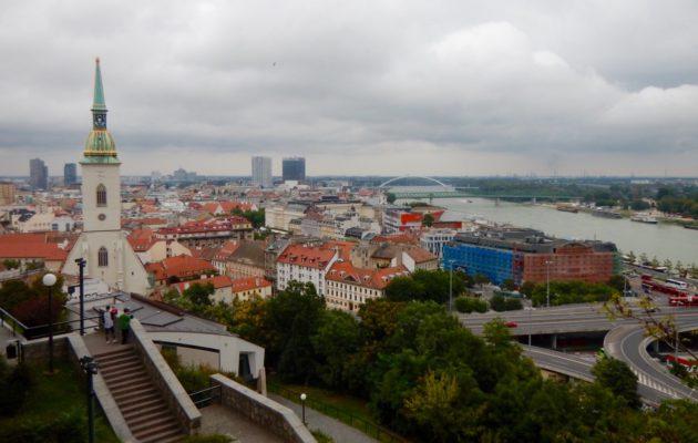 Slovakian pääkaupunki Bratislava on kaunis ja idyllinen.