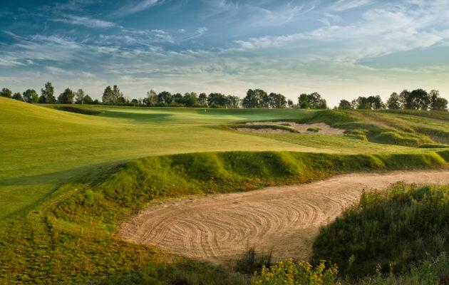 Sand Valleyn ulkomaalaispelaajista valtaosa matkaa Gdanskista reilun tunnin päässä sijaitsevaan golfkeskukseen Ruotsista, Suomesta ja Norjasta.
