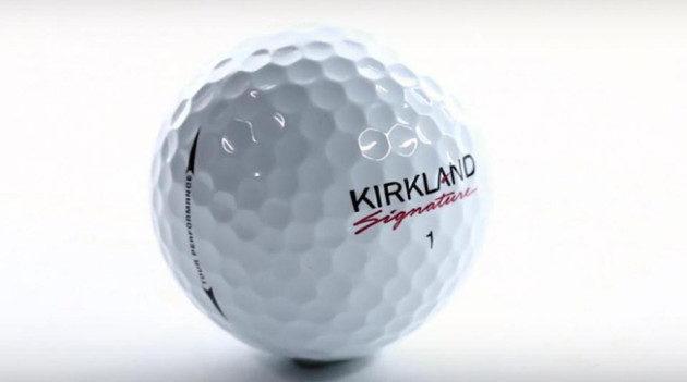 Kirkland Signature -pallo on pysynyt lyhyen historiansa aikana sitkeästi otsikoissa. Kuva: Golf Digest