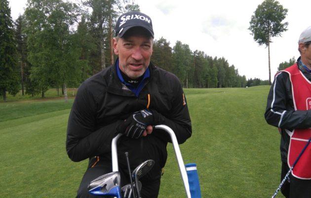 Petri Keskitalon työura jatkuu rakennusalalla. Kontakti tulevaan työnantajaan syntyi, yllätys, yllätys, golfkentällä.