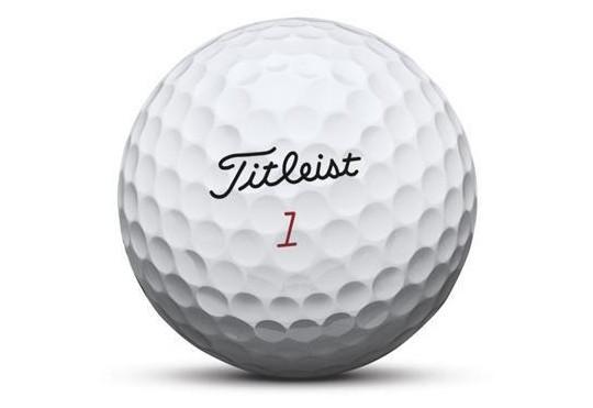 Titleist on tuonut kuvan Pro V1:n lisäksi myös Tour Soft palloihinsa pehmeän kuoren myyntivaltiksi. Kuva: Acushnet Company