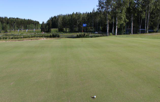 Gumböle Golfin kentänhoitokuviot  menivät tämän viikon aikana melkoiseen solmuun.