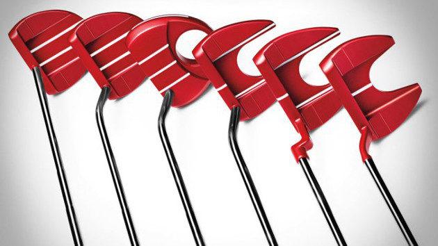 Punainen on syksyn väri, niin kuin TaylorMaden uudet TP Red Collection -sarjan putteritkin. Kuva: TaylorMade