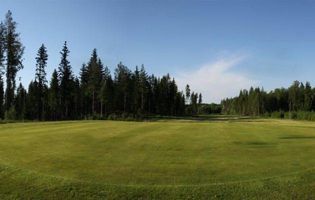 Nakkilassa on pelattu 18-reikäisellä kentällä elokuusta 2014 lähtien. Kuva: Nakkila Golf