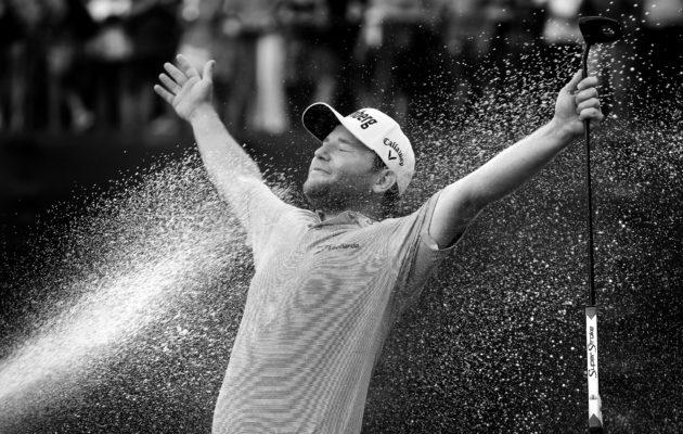 Uransa hienoimmasta voitosta täysin siemauksin nauttinut Branden Grace kuittasi palkintorahaa 1,25 miljoonaa dollaria. Kuva: Getty Images