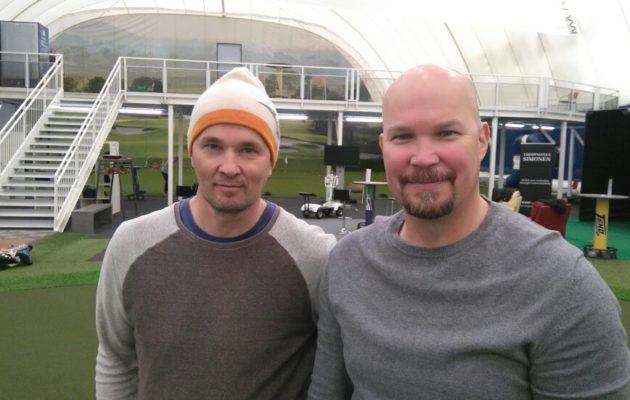 Marko Lampisen (vas.) ensimmäinen iso voitto Mika Strömbergistä tuli jo 80-luvun jälkipuoliskolla kiekkokaukalossa.