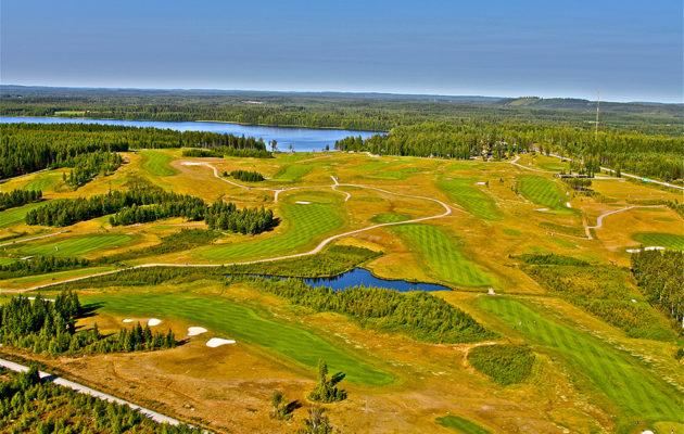 Maisemiltaan näyttävä Revontuli Golf sijaitsee Järvi-Suomen ytimessä, Iso-Virmaksen välittömässä läheisyydessä.