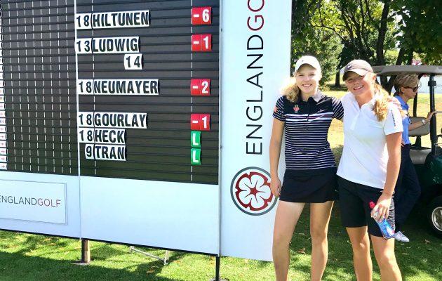 Ada Huhtala (vas.) ja Kerttu Hiltunen kirjasivat kovat tulokset korttiin English Girls' Open Amateur Championshipin ensimmäisellä kierroksella.