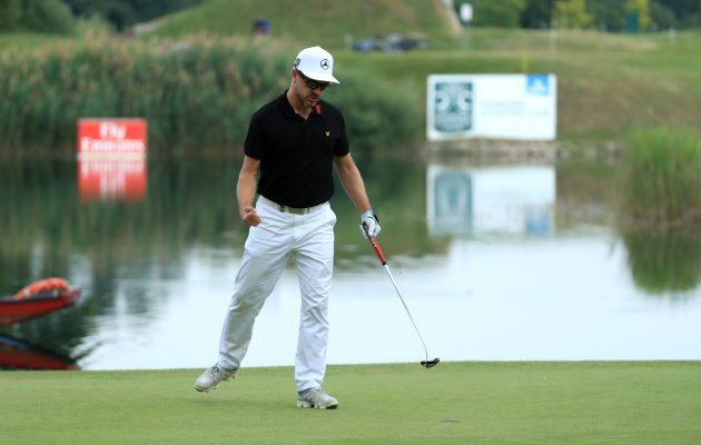 Mikko Korhonen on luottanut jo pitkään Yes! Golf C-Groove Tiffany -putteriinsa. Kuva: Getty Images