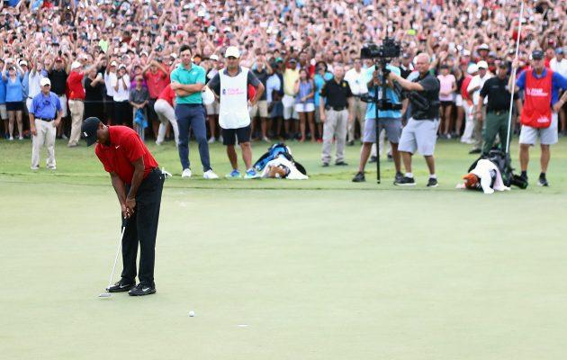 Tiger Woodsin paluu voittojen tielle PGA Tourin kauden päätöskisassa oli kauden 2018 suuria kohokohtia. Kuva Getty Images