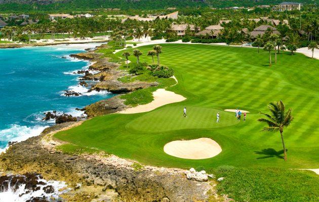 Punta Espanda Golf Club on yksi Punta Canan alueen suosituimmista kentistä. Kuva: Dominikaanisen tasavallan matkailutoimisto