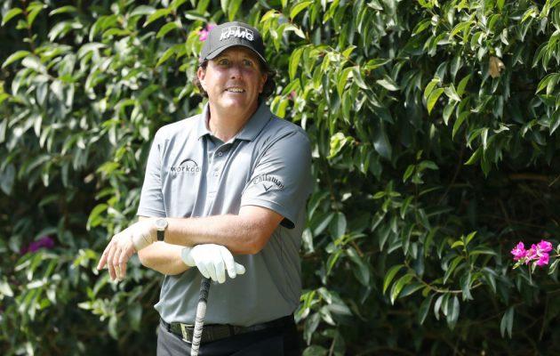 Phil Mickelsonin hymy ei hyydy pienistä vastoinkäymisistä huolimatta. Getty Images.