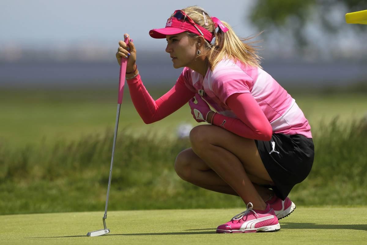 Lexi Thompson on LPGA Tourin pitkälyöntisin pelaaja.