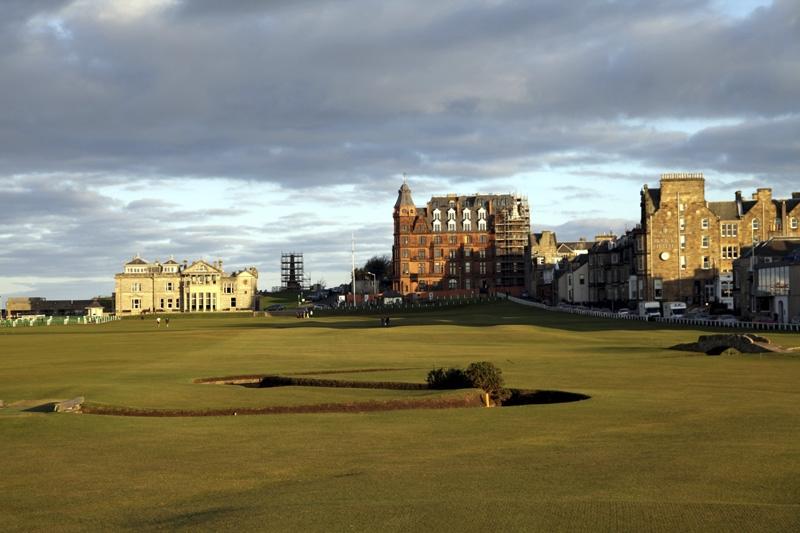 Näkymä 18. teeboksista, maailman kuuluisin golfnäkymä