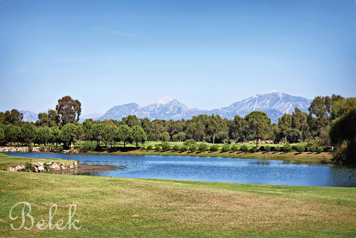 Belek tarjoaa erinomaisen yhdistelmän hyviä golfkenttiä, hotelleja sekä rantoja.