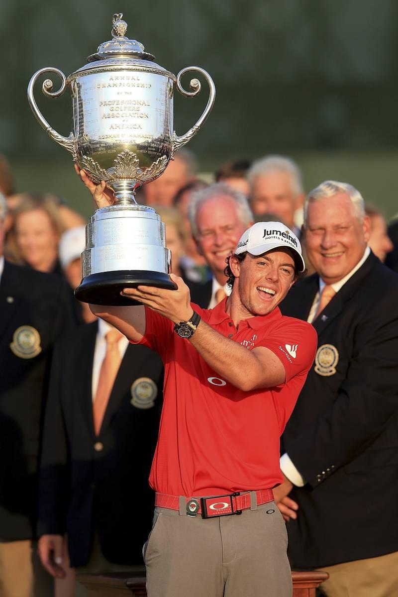Rory McIlroy voitti kahdeksan lyönnin erolla PGA:n 2012.