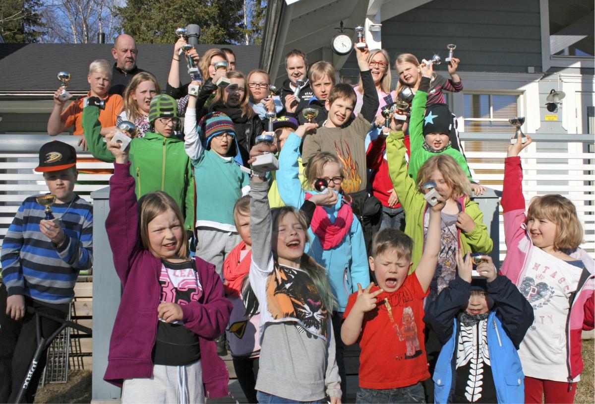 Pohjois-Suomen valoisassa yössä kerättiin viime vuonna rahaa myös Kemin Golf Klubin junioreille.