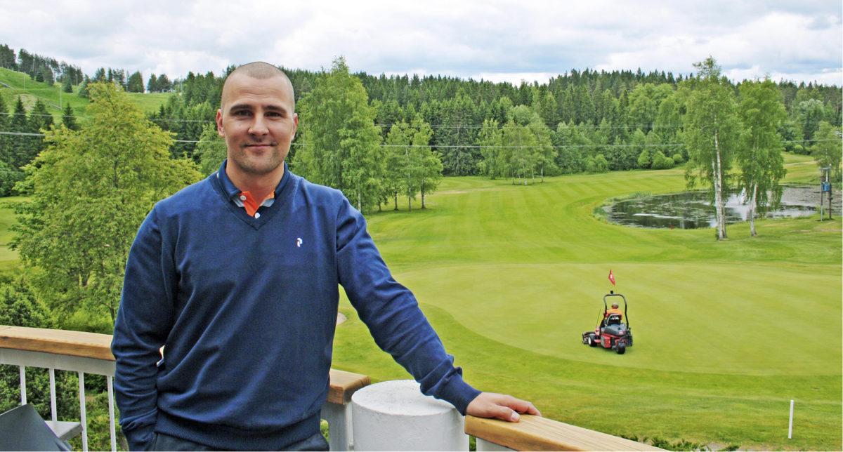 Hyvigolfin toimitusjohtaja Mika Niemisellä on monta syytä hymyillä.