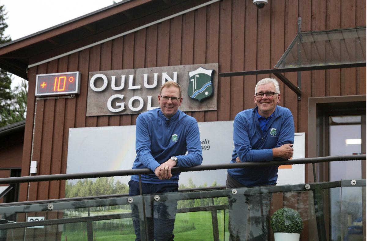 Marko Leiviskä (vas.) ohjaa Oulun Golfkerhon juniorityötä, ja  Jukka Rissanen  johtaa golfyhteisön operatiivista toimintaa.